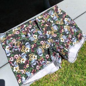 "Disney Juniors ""Stitch"" Jeans Shorts"